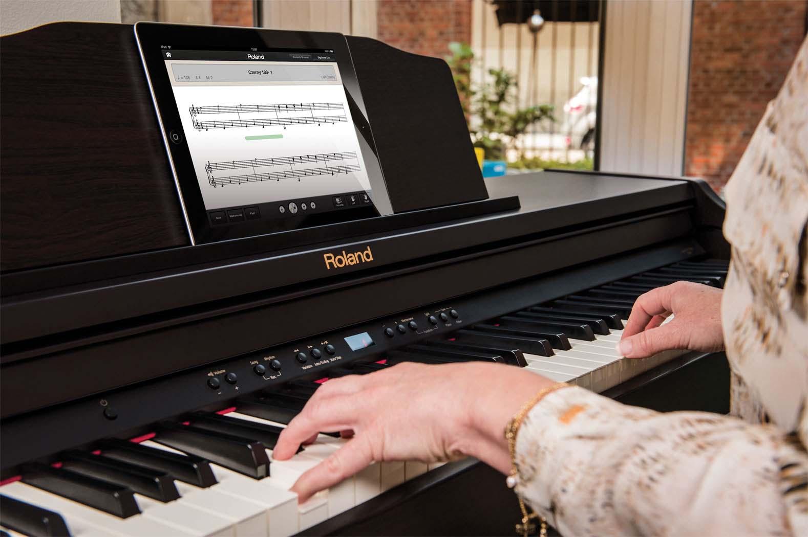 Bảng giá đàn piano điện Roland