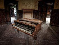 8 vấn đề khi mua đàn piano cơ cũ bạn đã biết chưa?