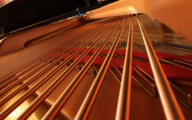 dây đàn piano