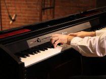 Đàn piano điện nào cho người mới bắt đầu học