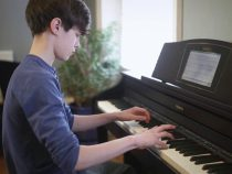 Giá khóa học đàn piano cơ bản và nâng cao bao nhiêu tiền