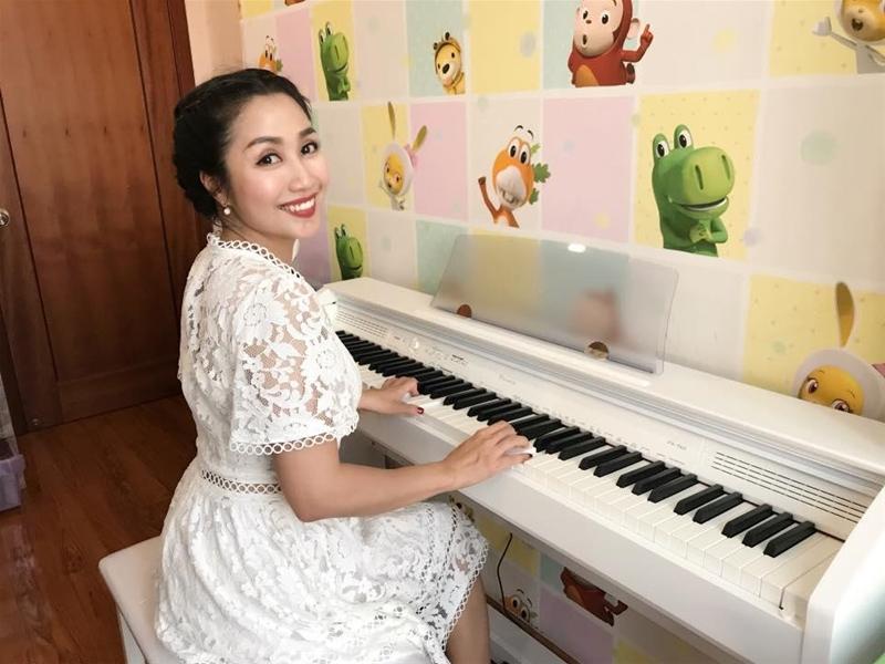 Đàn piano điện dành cho diễn viên, người dẫn chương trình