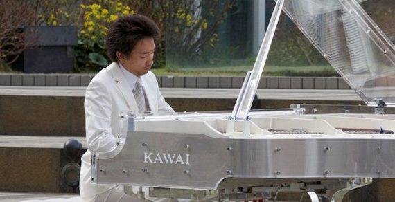 piano pha lê