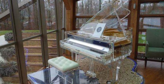 Đàn piano Crystal Heintzman
