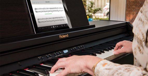 hiệu piano điện roland