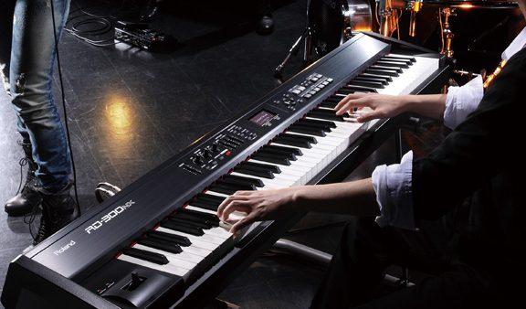Đàn Piano Điện Roland RD-300NX Dành Chuyên Cho Sân Khấu Chuyên Nghiệp