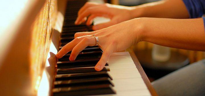 Khi dùng đàn dương cầm cần chú ý những gì – Good Piano chia sẻ
