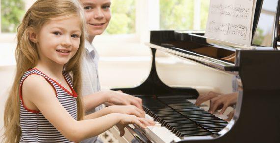 Giải pháp cứu cánh cho người học piano không có đàn