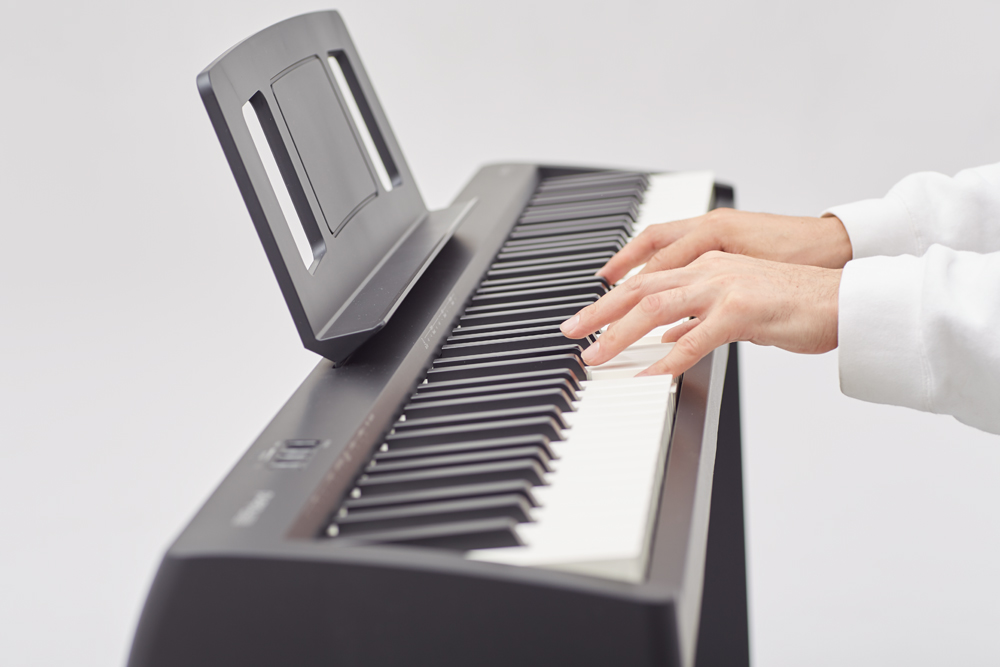 đàn piano điện thoại roland fp-10